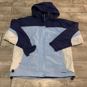 L.L. Bean Blue Rain Womens Jacket Size M